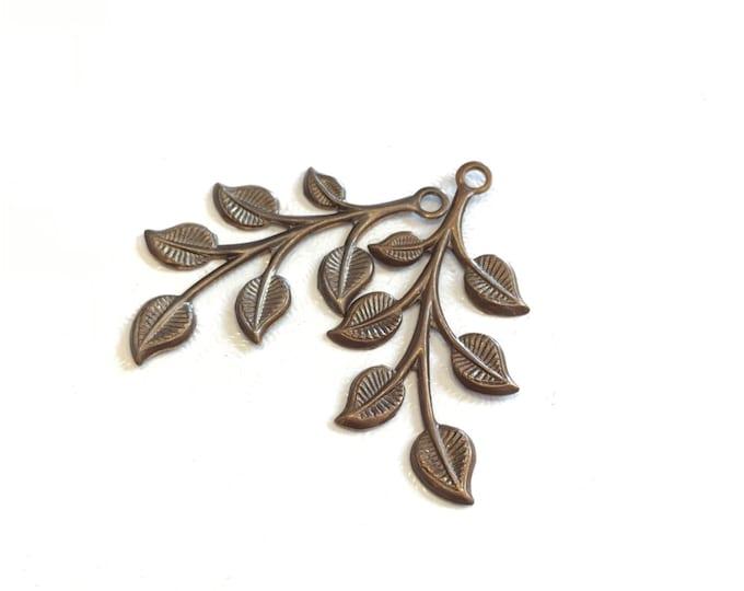 2 pieces Brass Spring Leaves, 37x18mm, Vintaj P055