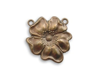 2 pieces of  5/8 inch brass Flower  pendant by VINTAJ -  P70