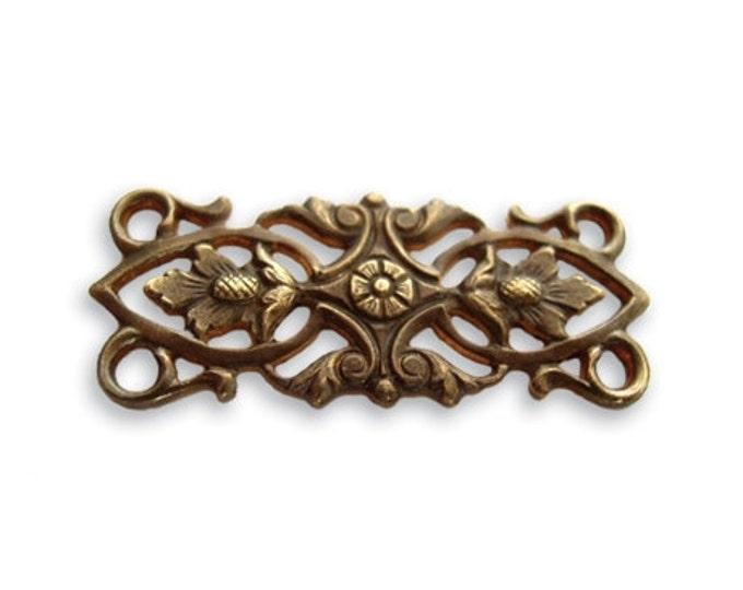 SALE: 2 pieces Acorn Leaves Embellishment  Vintaj Natural brass item C4H10 30x12mm