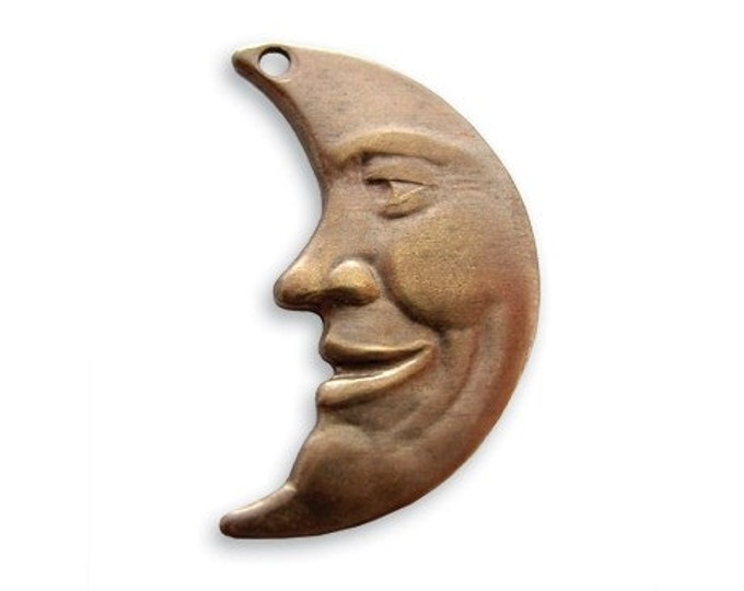 3 pieces Man in the Moon Pendant - Natural brass by Vintaj P100