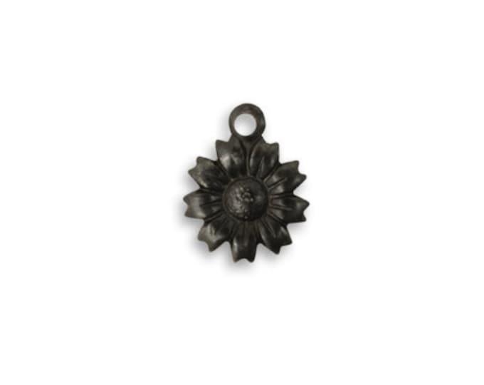 6 Pieces of Tiny Tattered Daisy Arte Metal Charm, 11mm Flower Charm, Vintaj ADP0009