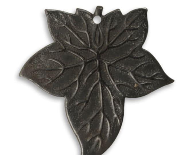 4 pieces 31.5x30.5mm Ancient Leaf Embellisment, Arte Metal leaves, Vintaj item AP0020