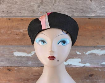 1940s hat | 40s perch hat | black and pink | chapeau 1940
