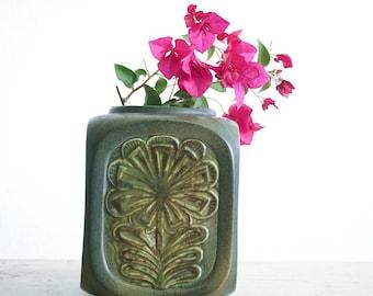 Vintage Poppytrail Vase / Mid Century Decor