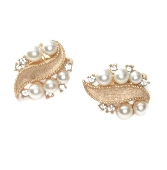 Faux Pearl and Rhinestone Earrings Crown Trifari Gold Tone Clip On Wedding Special Occasion