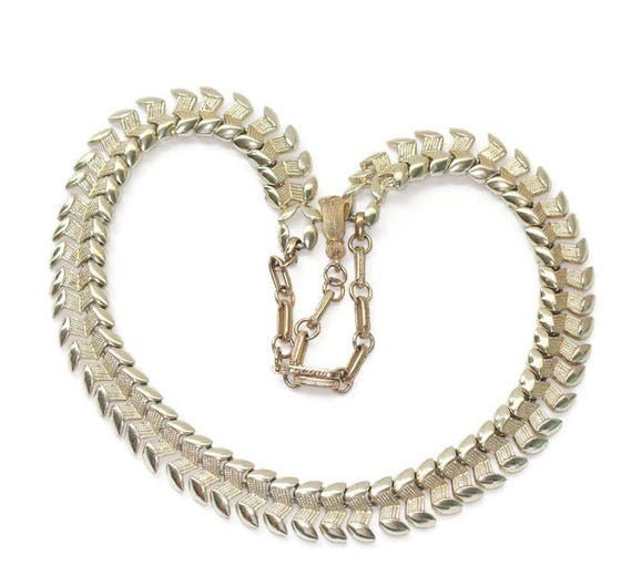 Coro Pegasus Articulated Link Necklace Gold Tone Choker Vintage