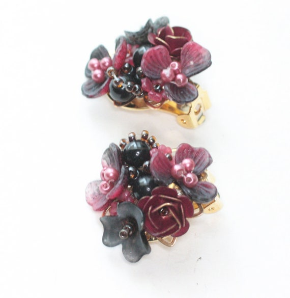 Vintage Colleen Toland Designer Flower Earrings Clip On Pink Wine Gray Colors