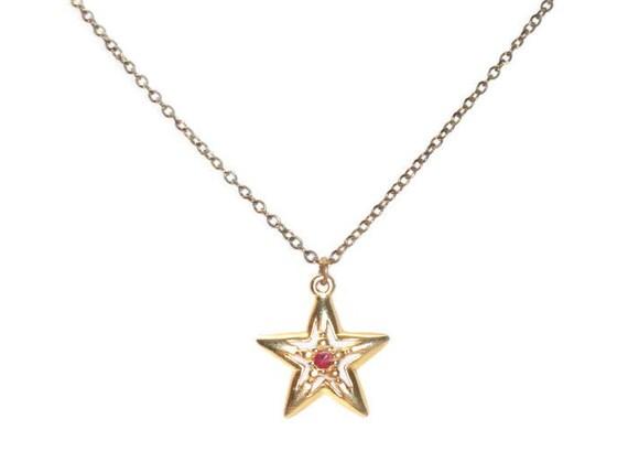 Star Pendant Necklace Red Gemstone Center Retro Jewelry Signed JJI
