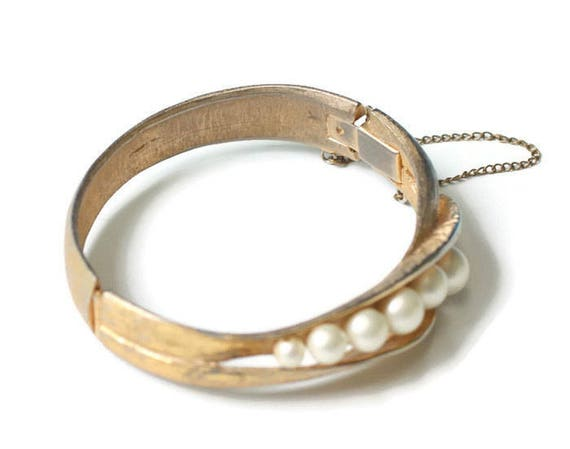 Chunky Faux Pearl Bracelet Hinged Design Bangle Vintage