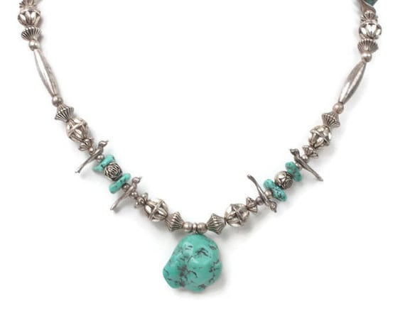 Native American Style Fetish Necklace Faux Turquoise Silver Tone Birds Vintage