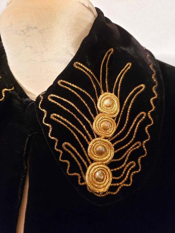 40's Velvet Coat Embellished Collar - image 2