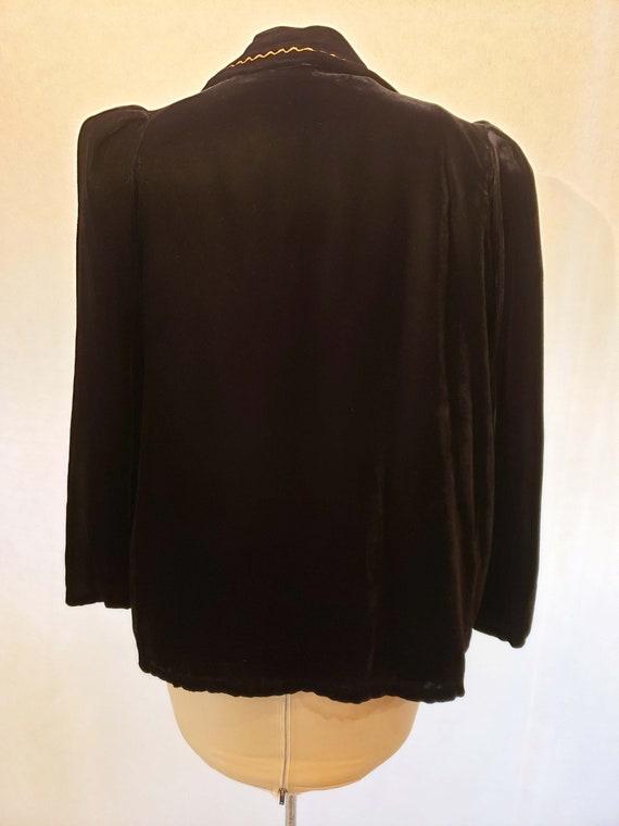 40's Velvet Coat Embellished Collar - image 4