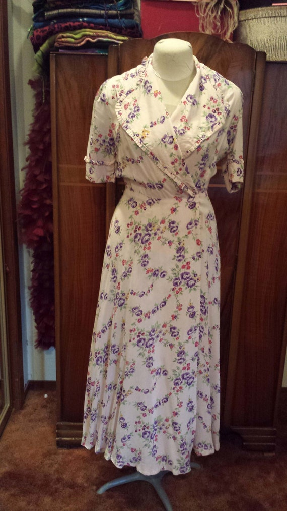 40s Rayon Dressing Gown