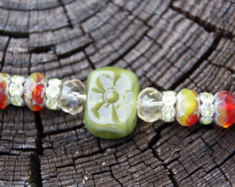 Forest Green Chicklet Glass Necklace