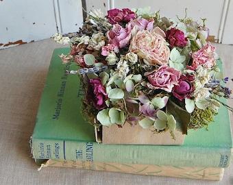 Dried Flower Arrangement  /  Shabby Cottage Dried Floral /