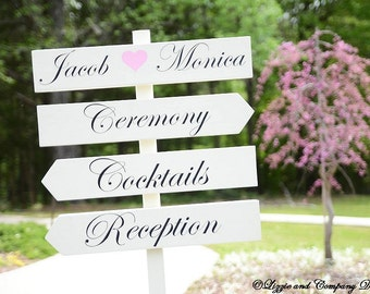 DiReCTioNaL WeDDiNg SiGnS - Names with Heart CuSToM WeDDiNg SiGn - Classic Custom Wedding Arrow Signs - 4ft Stake - Pick Your Own Phrases
