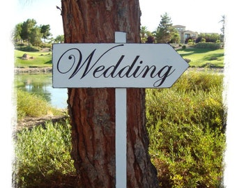 WeDDinG SiGn - Distressed DiReCTioNaL WeDDiNg SiGnS -  CLaSSiC StyLe - Custom Wedding Arrow SIGNS - 4ft Stake - Distressed White