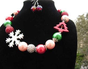 Christmas Necklace Big Beautiful and Bodacious