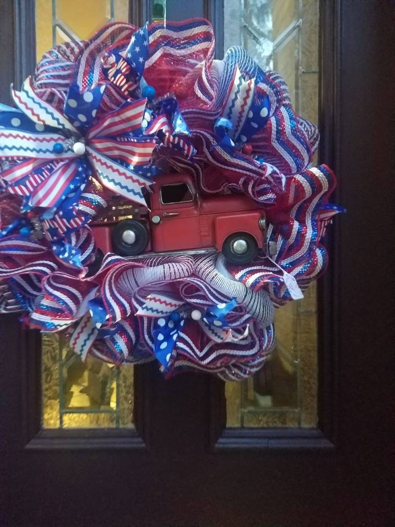 Patriotic Veterans Day absolutely beautiful Memorial Day God Bless America Red Metal Truck wreath July The Fourth
