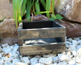 Small Pallet Wood Crate - Rustic Decor - Reclaimed Wood Crates