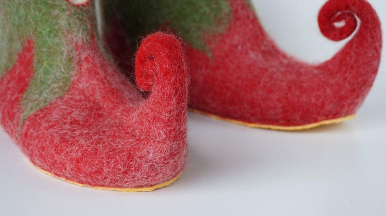 1d4c941bfe45 Red green felted Elf slippers with rubber soles women men