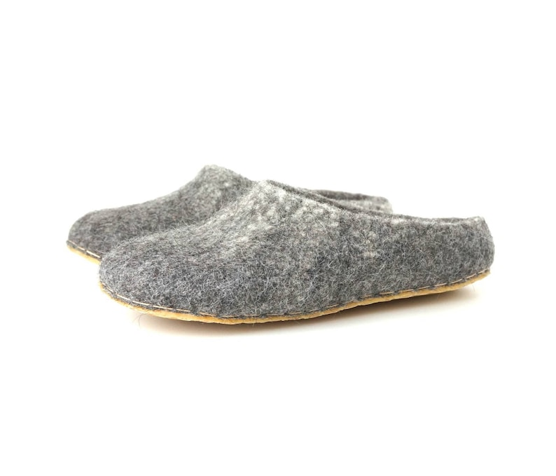 daffdaddacf65 Felted wool clogs, wool felt slippers, natural wool slippers, Organic wool  shoe, grey felted slipper, felted men women slippers, boiled shoe