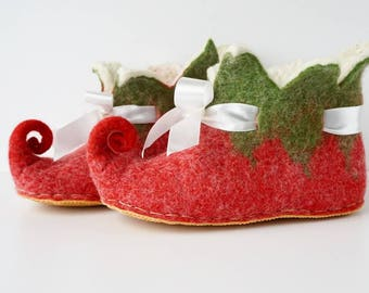 Red green felted wool and alpaca Elf slippers rubber soles , women slippers, Fairy shoes