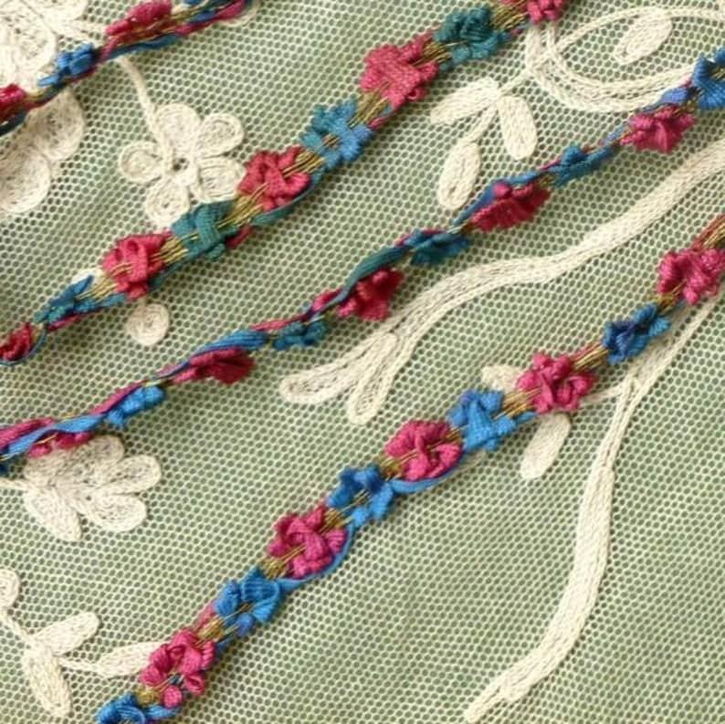Rococo Ribbon Flower Trim Gold Metal Threads    By the yard