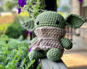 Baby Alien/Crochet Alien/Crochet Plush Figure/Hatching Alien/Space Toy
