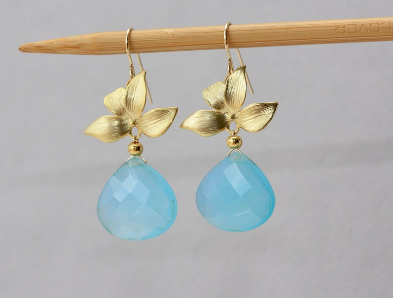 for Sister Birthday Gift for Daughter Spring Trends Wedding Party Blue Chalcedony Earrings Mothers Day Gift Graduation Gift for Wife