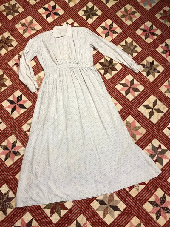 Early 1900's Antique Cotton Calico White Work Wea… - image 1