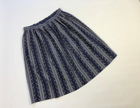 Vintage 1970's Blue Calico Full Skirt Antique Prai