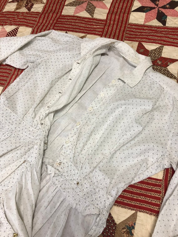 Early 1900's Antique Cotton Calico White Work Wea… - image 7