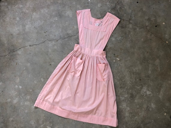 1940s Pink Cotton Distressed & Repaired Pinafore D
