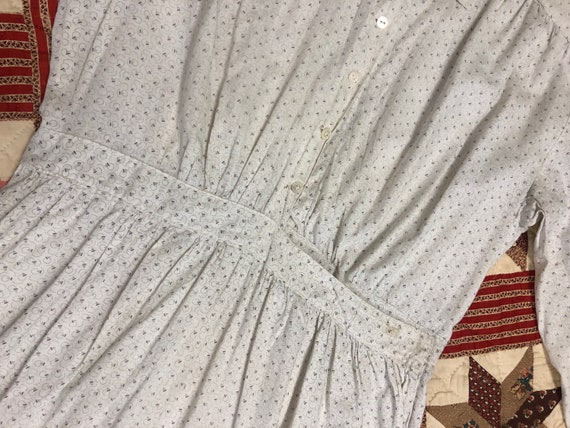 Early 1900's Antique Cotton Calico White Work Wea… - image 4