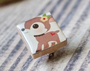 Woodland Deer Scrabble Brooch, Handmade Animal Scrabble Tile Art Pin, Tiny Wood Tile Brooch, Scarf Pin, Lapel Pin Badge, Animal Lover Gift