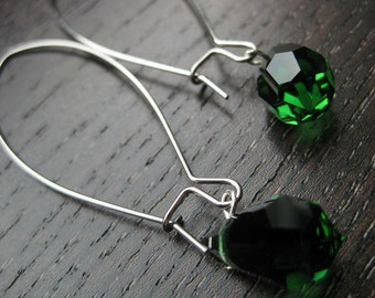 Sparkle emerald-colored glass and chain earrings