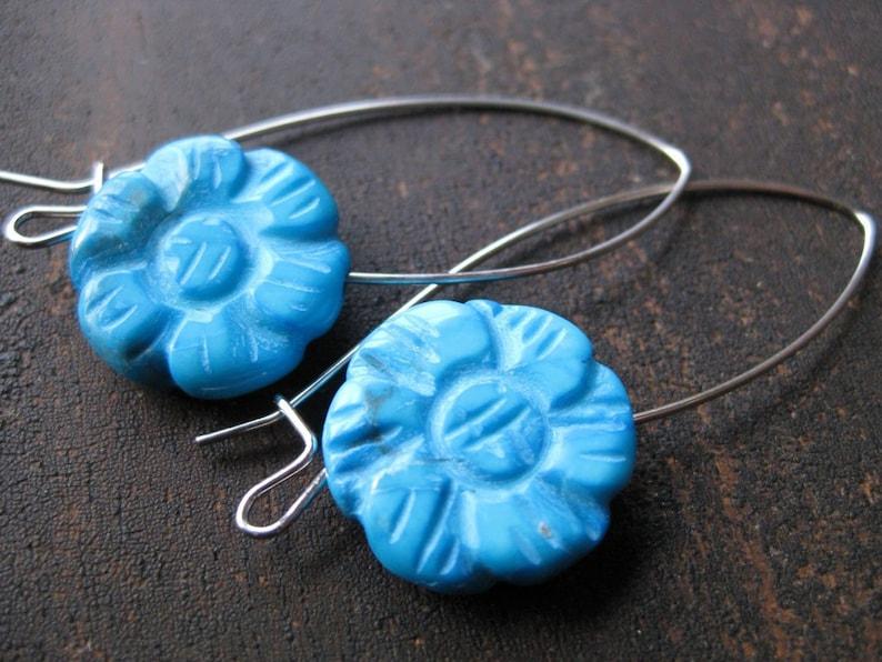 Girly turquoise flower earrings image 0