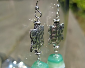 Green agate and silver earrings