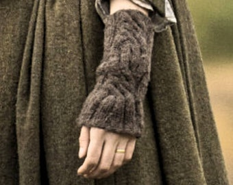 Claire's Gauntlets, Outlander Fingerless Wool Mitts, 6 Custom Colors