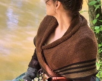 Claire's Carolina Shawl, Outlander Season 4, Drums of Autumn, Triangle Shawl, Wool Blend, Made to Order