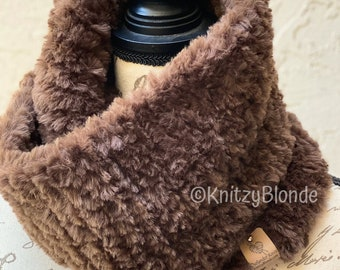 Outlander Claire Cowl Faux Fur,  Hand Knit Made to Order, 4 Different Colors