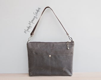WAY.MAY Autumn Leaf Maple and Maple Branch Leather Tote Bags Zippered Handbags Shoulder Bag