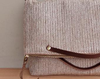 Convertible Herringbone Messenger Bag in Light Umber, Brown Shoulder Bag, Custom Length Leather Strap, Crossbody, Plus Size Foldover Bag