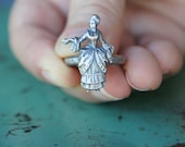 Solid Silver Antique Style Marie Antoinette 18th Century Lady Ring