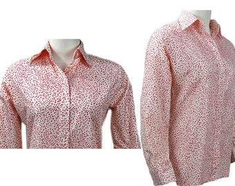 1970s Evan Picone Bonwit Teller White & Red Dot Speck Small Polka Dot Polyester Rayon Button Down Women's Vintage Secretary Blouse