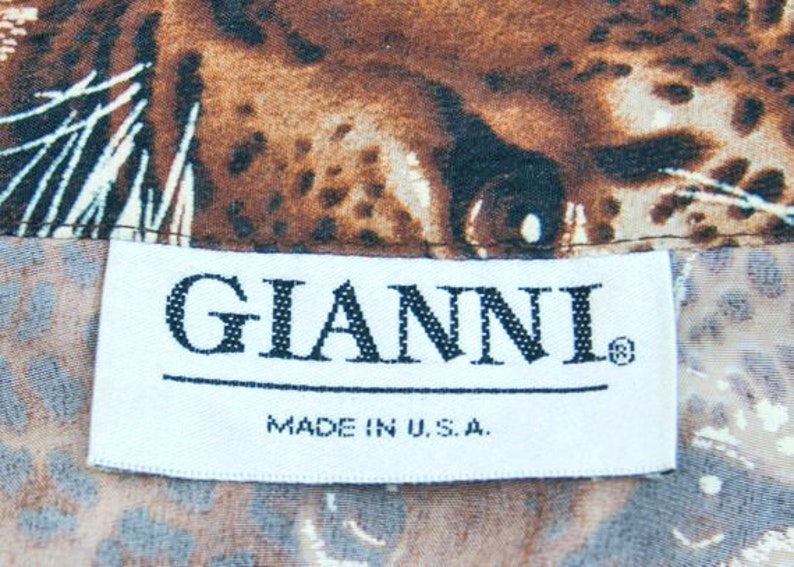 1980s 1990s GIANNI Made in USA Leopard Print Leopard Head Jungle Print Big Cat Vintage Size 12 Rayon Blouse Shirt