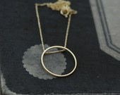 Singular Rolling Oh silver or 18kt gold-plated necklace
