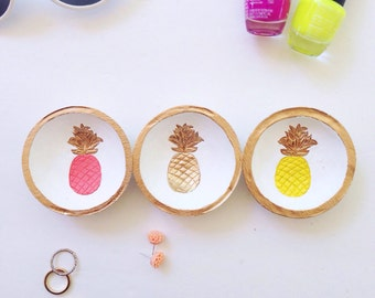 Small Pineapple Ring Dish//Bridesmaid Gift//Birthday Gift//BFF//Summer//Bright Colors