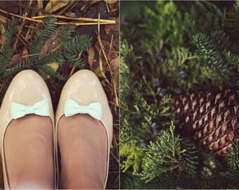 bow shoe clips in mint